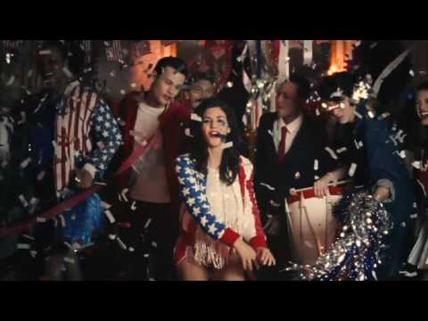 , Video: Marina and The Diamonds – Hollywood Infected Your Brain