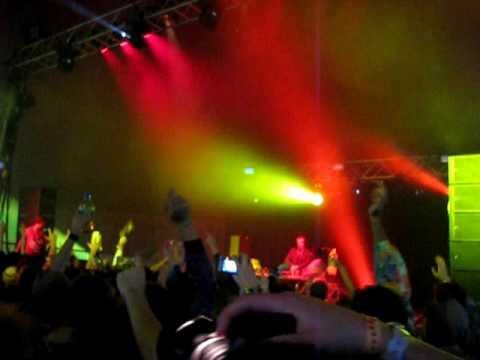 , Major Lazer – Pon de Floor live @ Electric Picnic 09