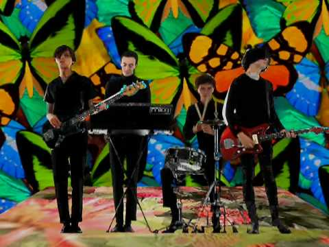 , Video: The Horrors – Mirror's Image