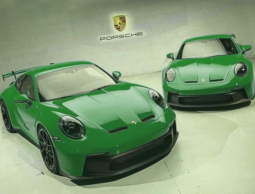 Porsche-911-GT3-Python-Green
