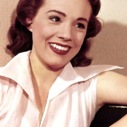 julie andrews awesome (17)