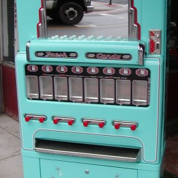 vintage vending devices machines (17)
