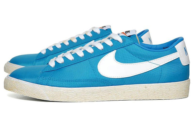 nike blazer low blue