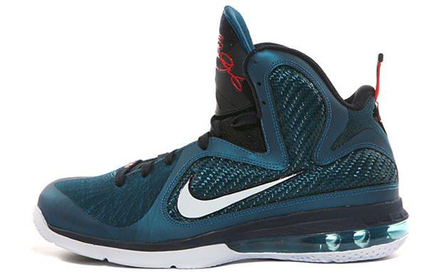 84bd8e44c0f4 Nike LeBron 9