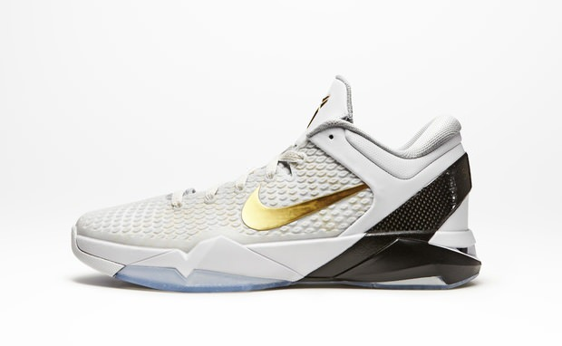 reputable site 55e40 4f6f7 Nike Zoom Kobe VII Elite