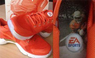 the latest 6f746 486a6 EA Sports x Nike Lunar TR1  Barry Sanders
