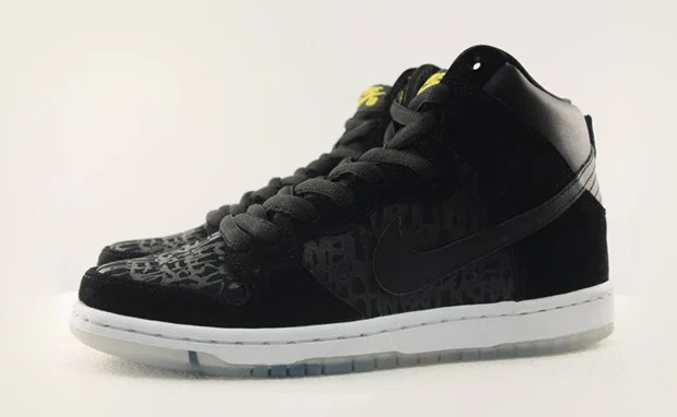 sports shoes 727a2 2e355 Neck Face x Nike SB Dunk High Premium Preview