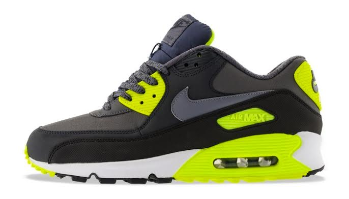 KicksDeals.com Deal of the Day  20 Best Nike Air Max Kicks Under Retail 72a004dcc