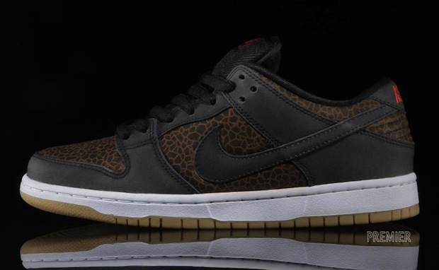 "promo code cf923 e8414 Nike SB Dunk Low Premium ""Giraffe"""