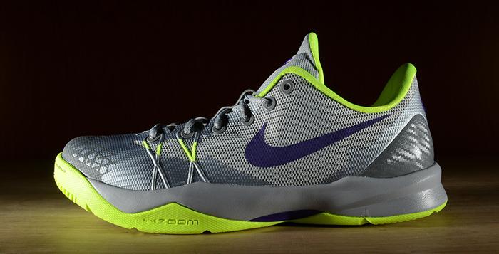 hot sale online 7feb4 bf221 ... Nike Zoom Kobe Venomenon 4 Wolf Grey Court Purple-Volt Release Date ...