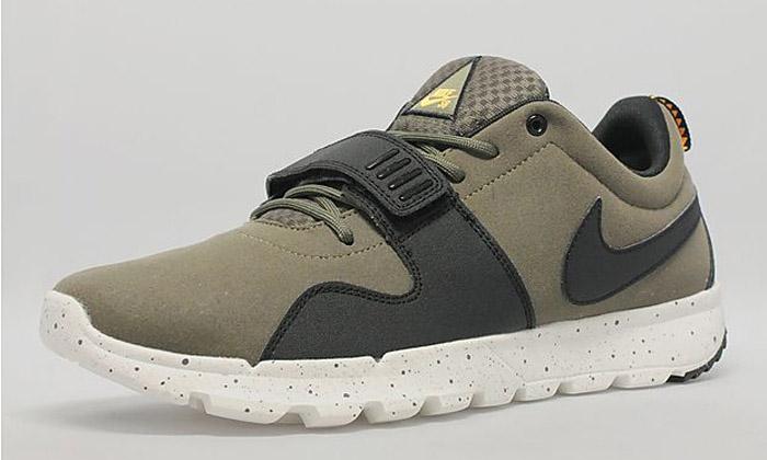 free shipping e98ae 5099e Nike SB Trainerendor OliveBlack