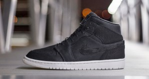 "dad8b87dc79 Air Jordan 1 ""Black Friday"" Custom"