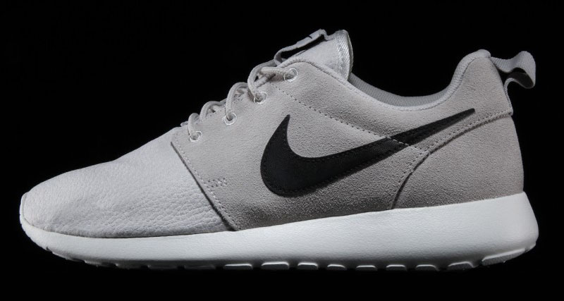 0c616ace7498 Nike Roshe Run Suede