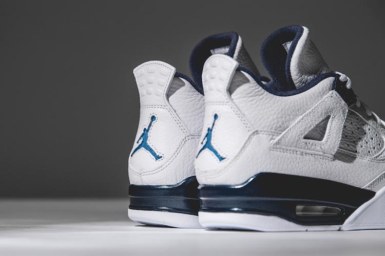 Air Jordan 4 Legend Blue