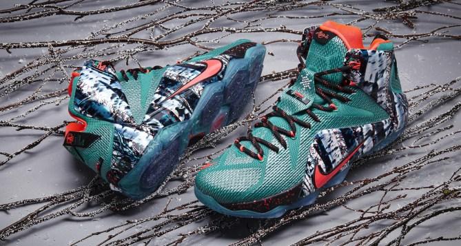 Nike LeBron 12 Christmas