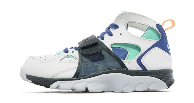 Nike Air Trainer Huarache Charcoal/White Available Now