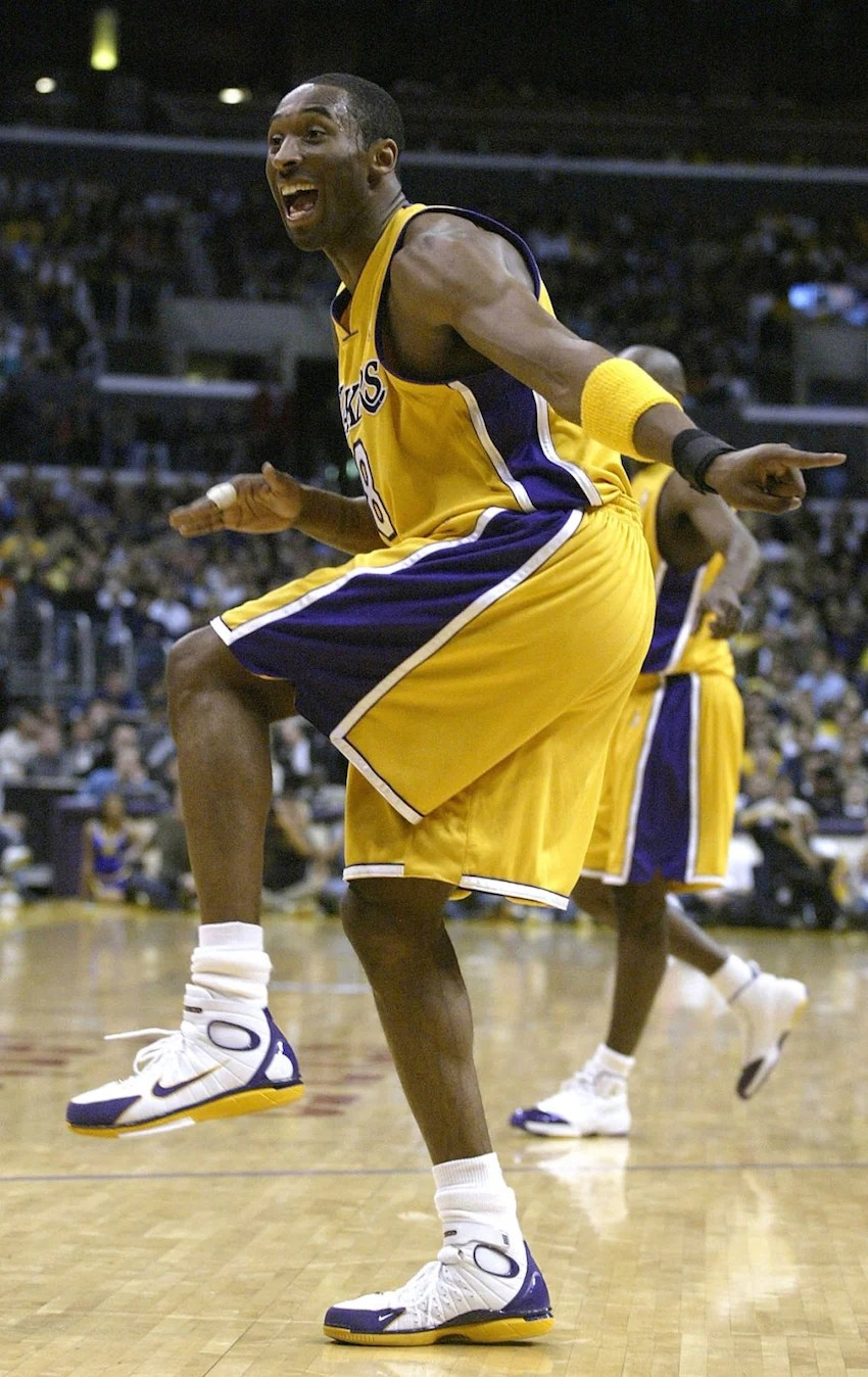 46ef6001053d ... Kobe Bryant in a Lakers PE of the Nike Zoom Huarache 2K4