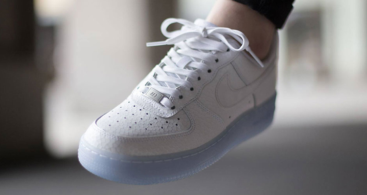54fdc8407f14 Nike WMNS Air Force 1 Low  07 PRM