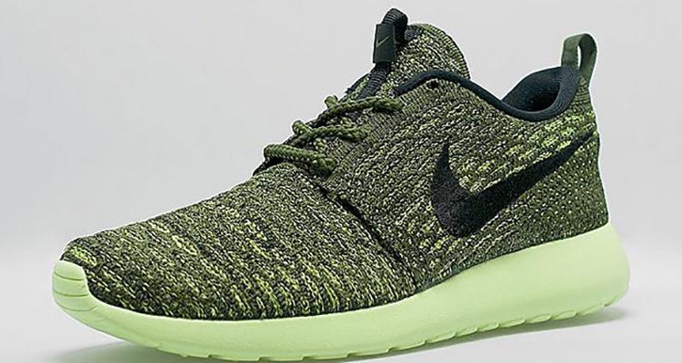 a9ce0eb87b Nike Flyknit Roshe Run Green/Black   Nice Kicks