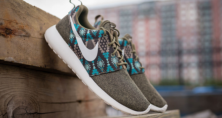 new concept c298d a4921 Nike Roshe Run Print IguanaBamboo Available Now