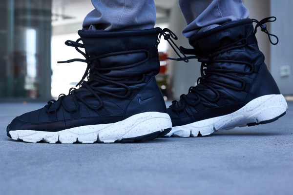 Nike Footscape Route Sneakerboot On-Foot Look