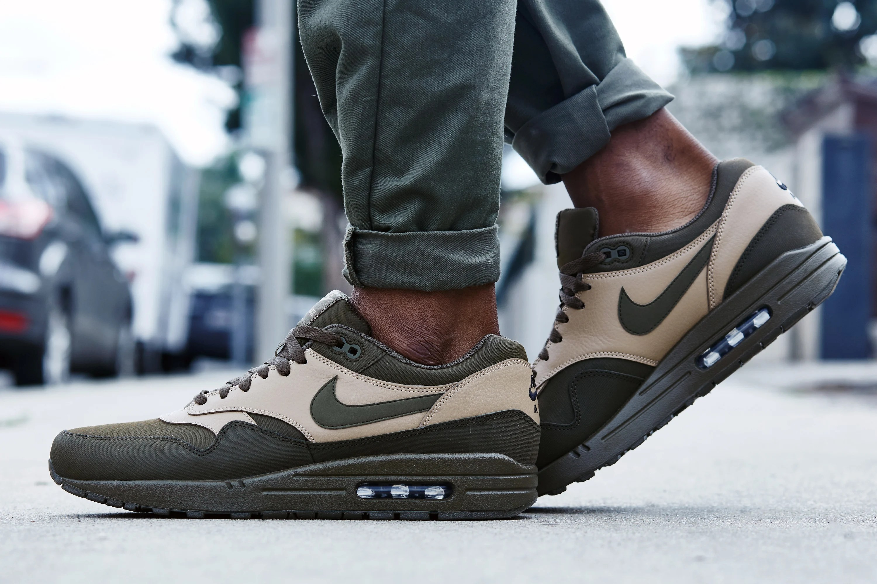 wholesale dealer f70a1 848ed ... promo code for on foot look nike air max 1 leather dark loden 522d5  3e3b0