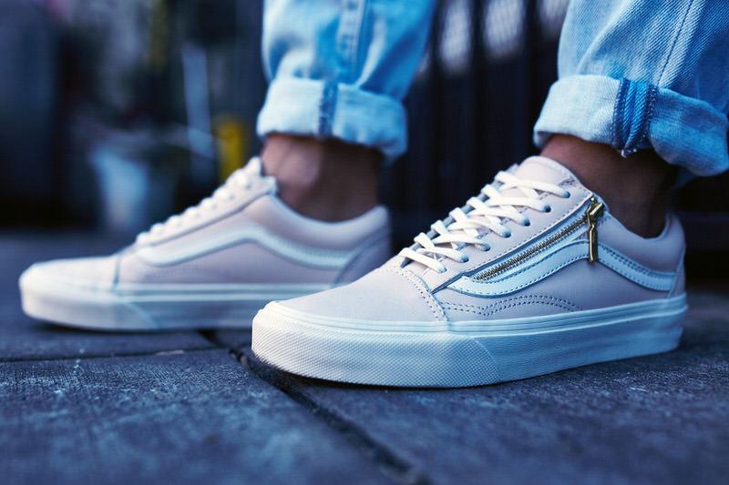 47ca89034084 On-Foot Look    Vans Old Skool Leather Zip