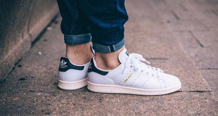 detailed look 1a120 32b82 Available Now // adidas Stan Smith