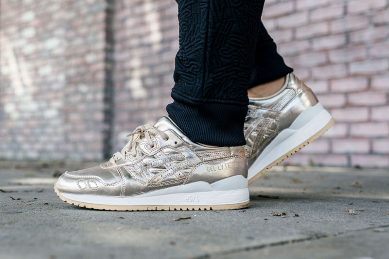2585dbe4ed6bc ... discount code for asics gel lyte iii metallic champagne gold on foot  look 731da d6d6e