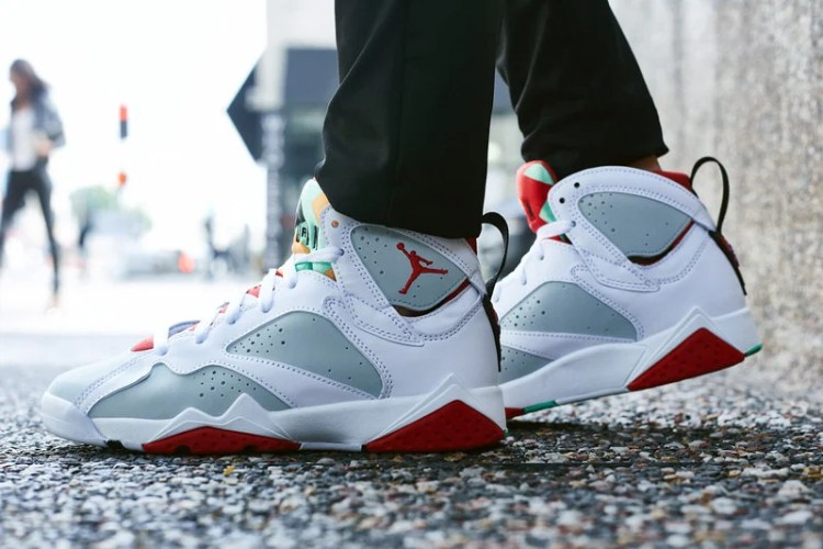 "Air Jordan 7 ""Hare"" On-Foot Look"
