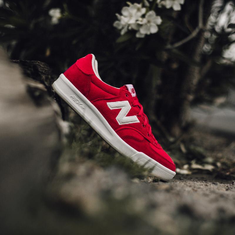 new balance 300 red