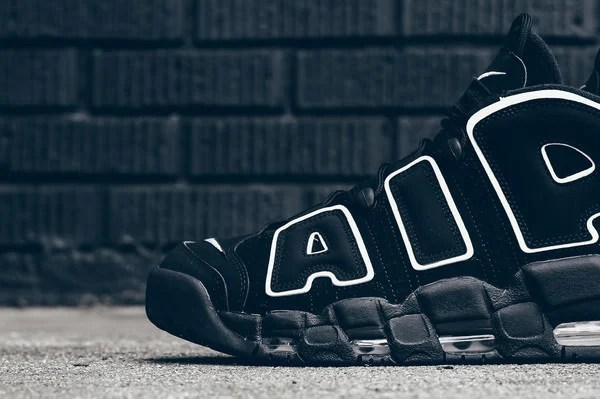 Nike Air More Uptempo Black White
