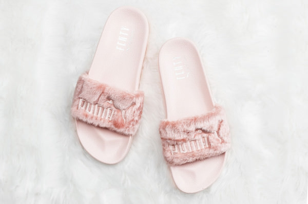 new concept 4688f 82b38 The Rihanna x PUMA Fenty Fur Slides Sold Out Insanely Quick ...