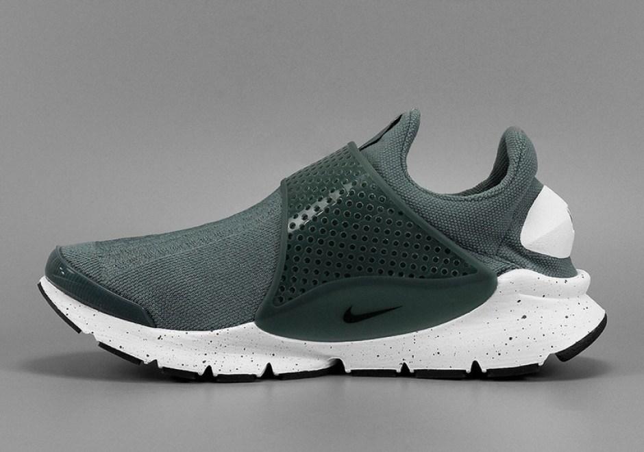 pretty nice f6ea9 c1dda New Nike Sock Dart SE Colorways Drop Tomorrow | Nice Kicks