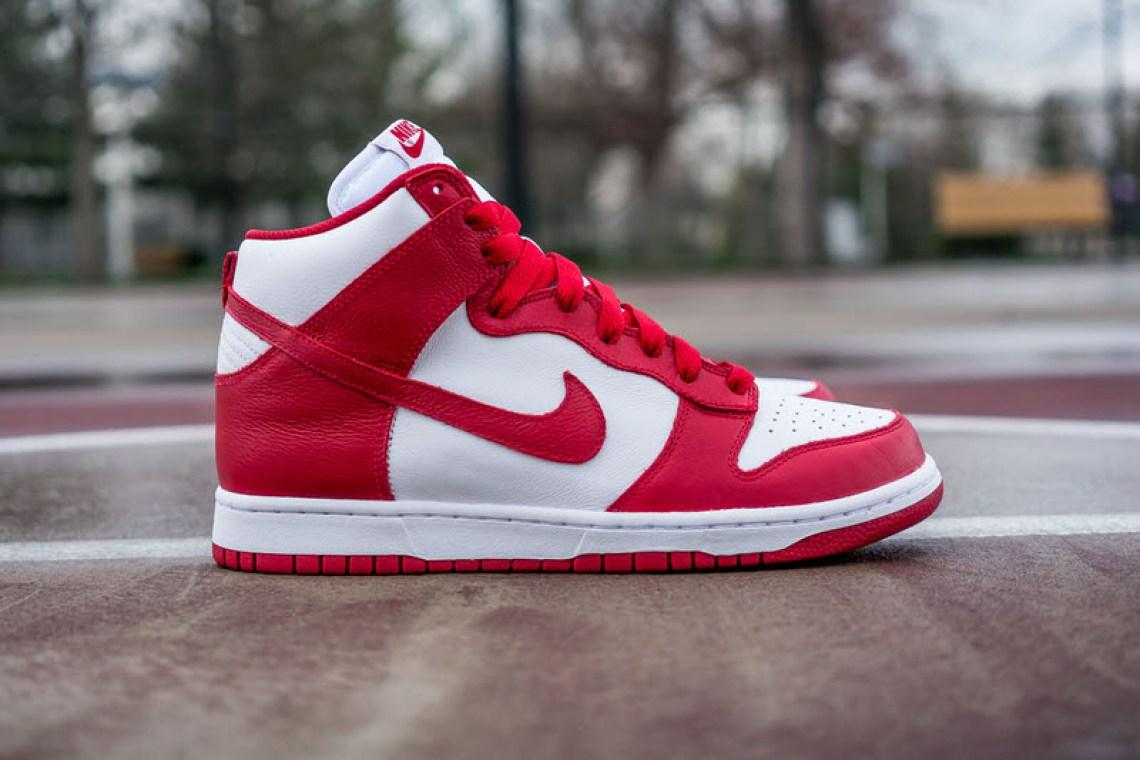 Nike Dunk High Be True QS