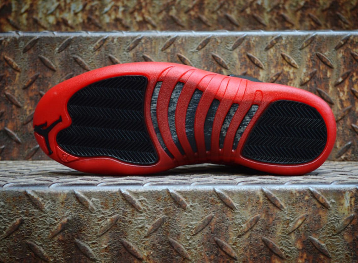 1200 Air Jordan XII 12 Flu Game Retro IMG_0878