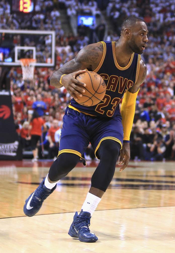 Cleveland Bron+Cavaliers+v+Toronto+Raptors+Game+Eozh3pW_vWMx