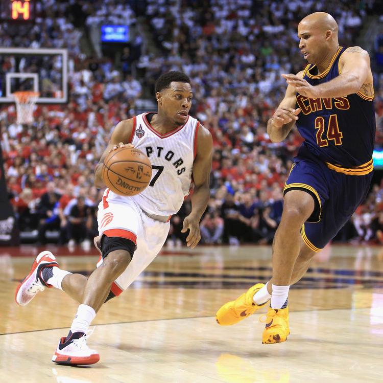 Cleveland+Cavaliers+v+Toronto+Raptors+Game+GhX-bmQLNORx