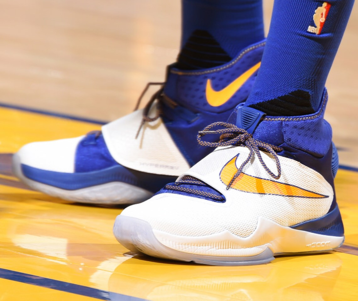 OAKLAND, CA - MAY 26:  The sneakers of Draymond Green #23 of the Golden State Warriors during the game against the Oklahoma City Thunder in Game Five of the Western Conference Finals during the 2016 NBA Playoffs on May 26, 2016 at ORACLE Arena in Oakland, California. NOTE TO USER: User expressly acknowledges and agrees that, by downloading and/or using this Photograph, user is consenting to the terms and conditions of the Getty Images License Agreement. Mandatory Copyright Notice: Copyright 2016 NBAE (Photo by Andrew D. Bernstein/NBAE via Getty Images)