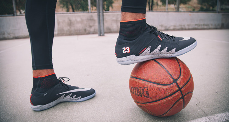 See How the Neymar Jr. x Jordan Collection Wears on Court & on the Pitch