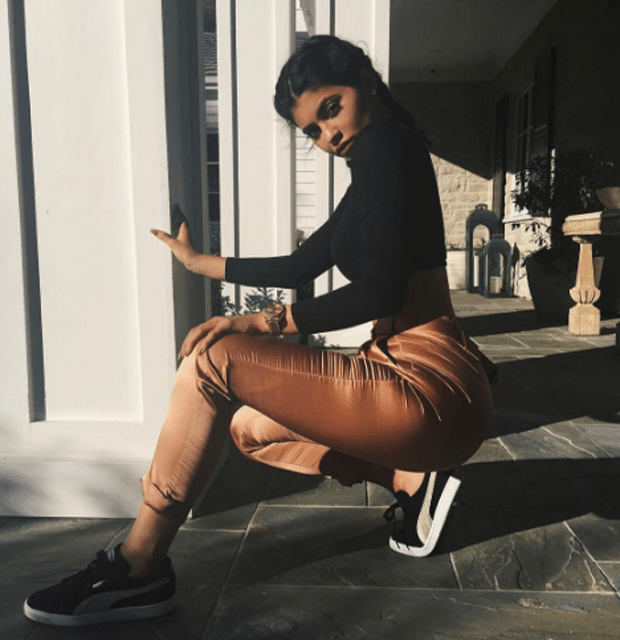 kylie-jenner-puma-suede