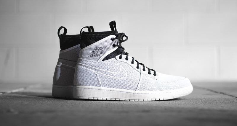 4302a2cd8571c7 Air Jordan 1 Ultra High
