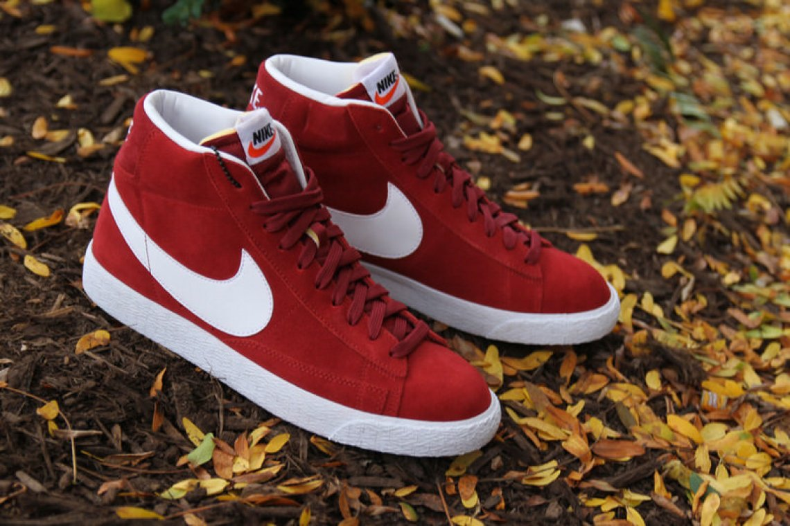 low priced a406f cc3fe Nike Blazer Mid Team Red