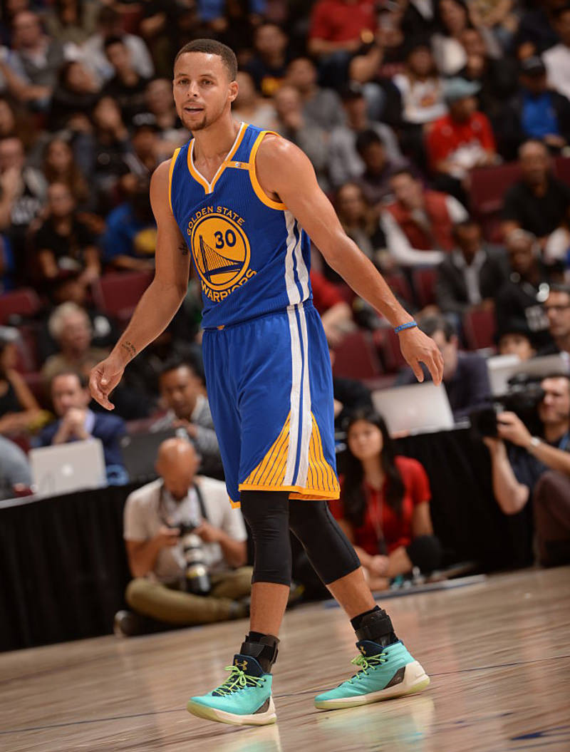 10_1-stephen-curry-3-1-800