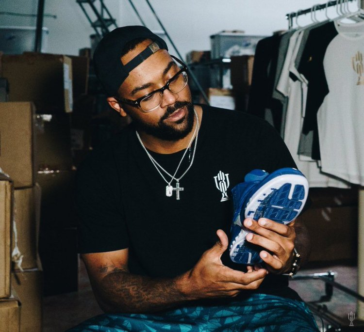 "Air Jordan 16 ""French Blue"" Trophy Room Exclusive"