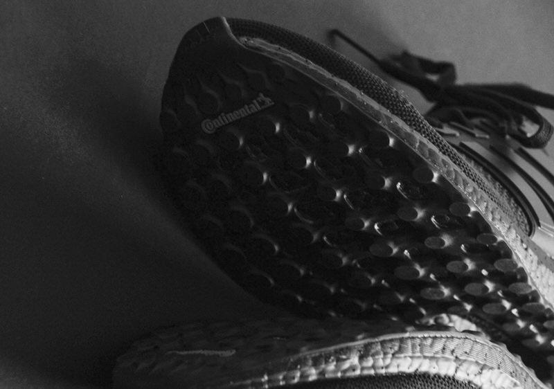 l'ombre de femmes noires (tubulaires base adidas originaux