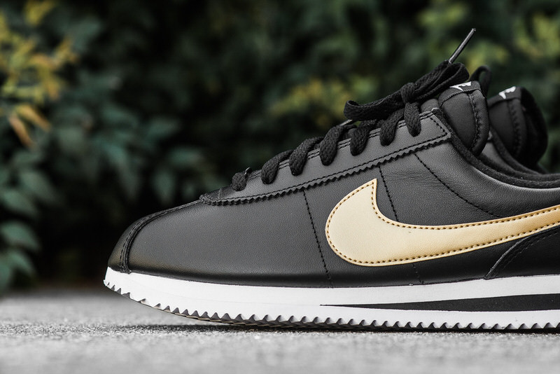 sports shoes bc8d0 7e157 nike cortez black white leather