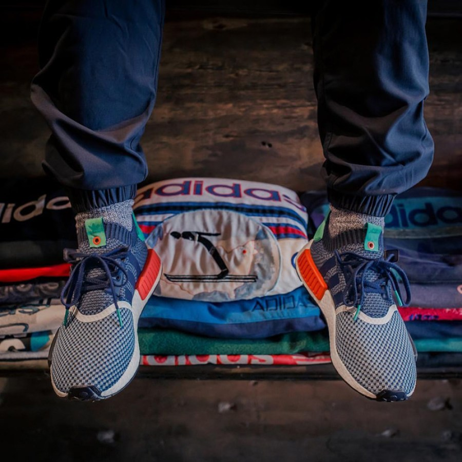 packer-shoes-adidas-nmd-onfoot