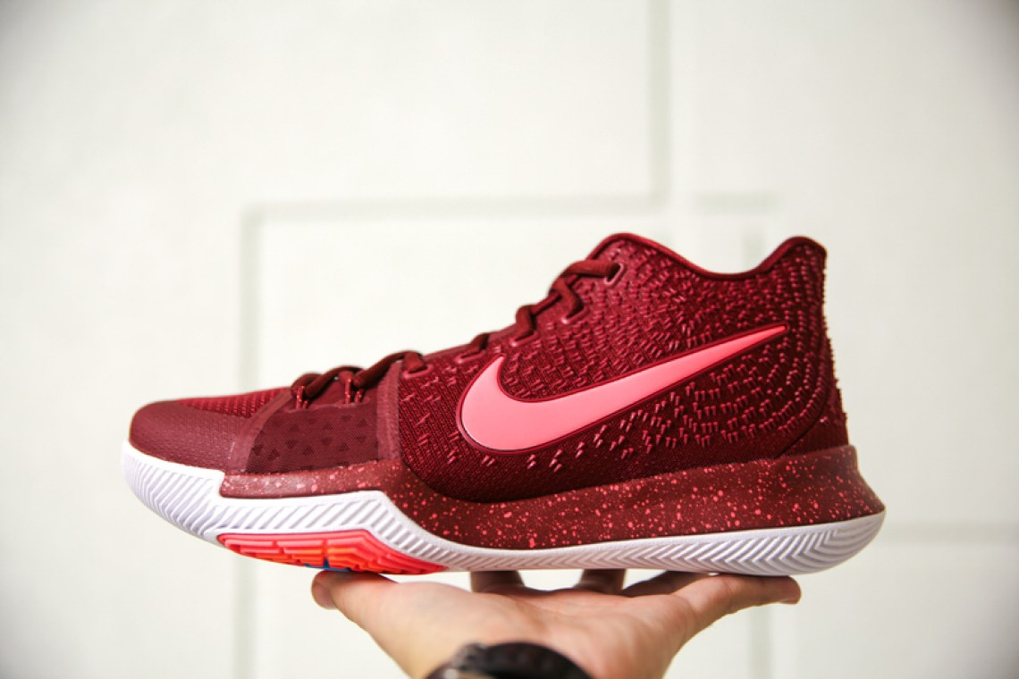 """Nike Kyrie 3 """"Hot Punch"""""""
