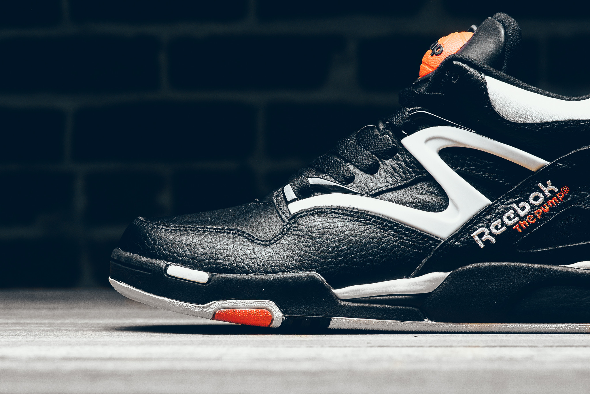 "Reebok Pump Omni Lite ""Dee Brown"""